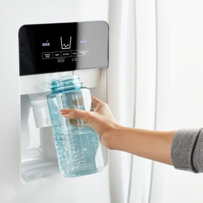 Clean and Cold Water at Home With a Fridge Water Filter
