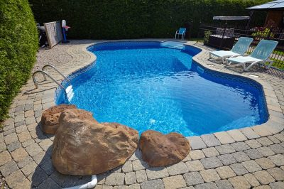 6 Signs That It's Time to Replace Your Pool and Spa Filters